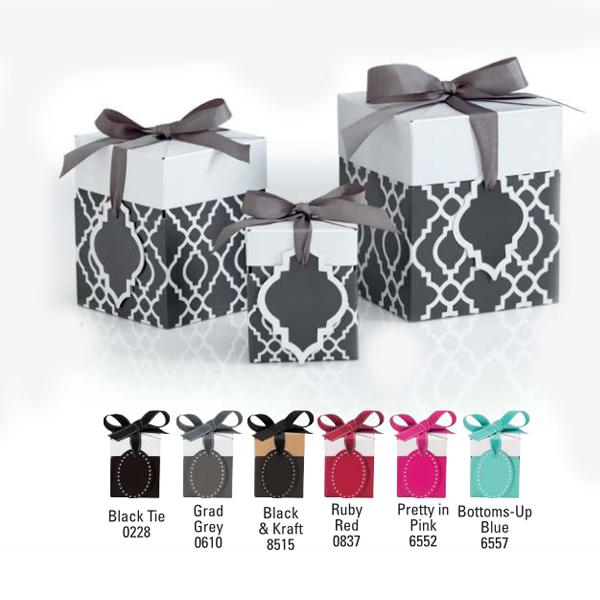 [Image: Pop-up Gift Boxes With Ribbon & Gift Tag]